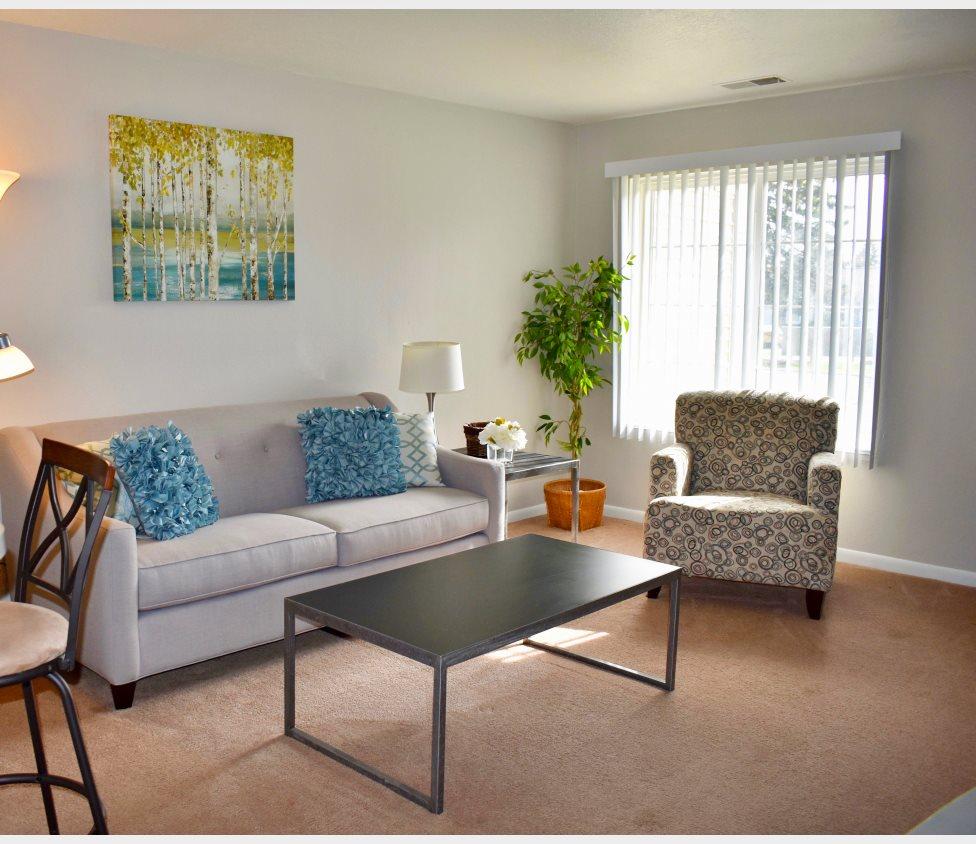 Apartments Lansing Mi: Capitol Village Apartments